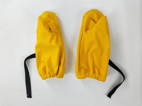 kids mittens with many available colors and best prices04